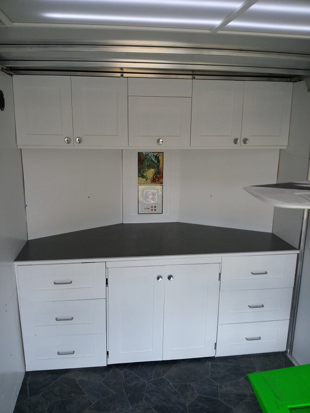 Front_Cabinets_2.jpg